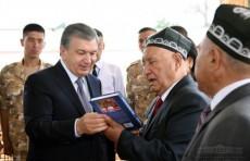 Шавкат Мирзиёев уделил внимание духовно-психологической подготовке солдат