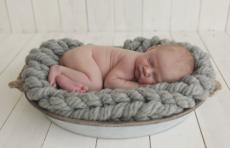 До какого возраста женщины могут отложить рождение ребенка?