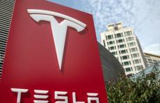 Tesla в плюсе пятый квартал подряд. Прибыль компании Илона Маска превзошла ожидания