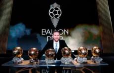 Лионель Месси стал рекордсменом по количеству «Золотых мячей» (Видео)