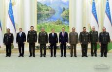 Шавкат Мирзиёев принял руководителей оборонных ведомств стран СНГ