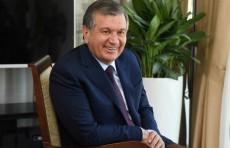 Президент провел встречи с участниками международного форума в Самарканде