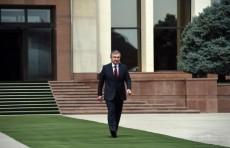 Президент Шавкат Мирзиёев отбыл в Москву