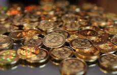 Капитализация биткоина впервые в истории достигла $1 трлн.