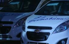 Призеров чемпионата Азии по фехтованию наградили автомобилями