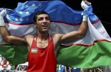 Шахобиддин Зоиров вышел в финал чемпионата мира по боксу