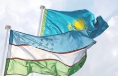 Главы Узбекистана и Казахстана провели встречу в расширенном составе
