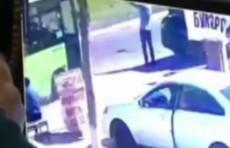 В столице водитель автобуса на большой скорости сбил пешехода