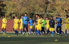 Футбол: Сборная Узбекистана U-19 провела первую тренировку в Душанбе