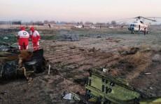 В сети появилось видео падения самолета в Тегеране